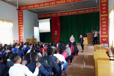 """Đoàn thanh niên trường PT DTNT THCS và THPT Đăk R'Lấp tổ chức diễn dàn """"Xây dựng tình bạn đẹp, nói """"Không"""" với  bạo lực học đường"""""""